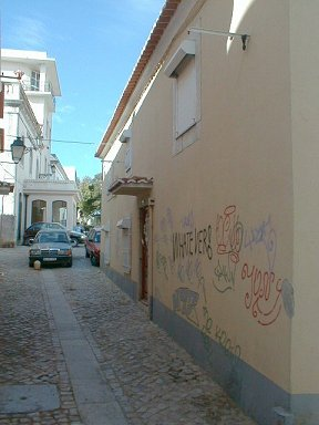 Graffiti in the back-streets, Cascais