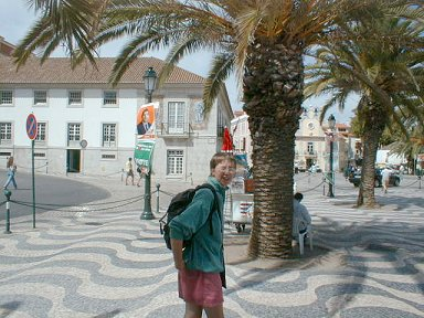 Nicky in the square in Cascais